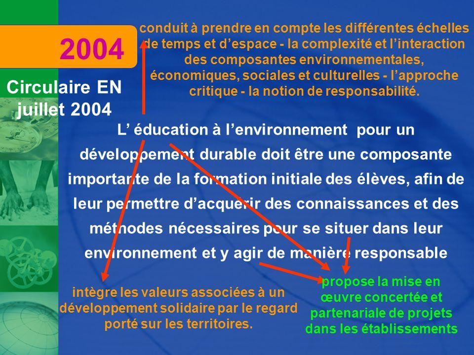 L éducation à lenvironnement pour un développement durable doit être une composante importante de la formation initiale des élèves, afin de leur perme