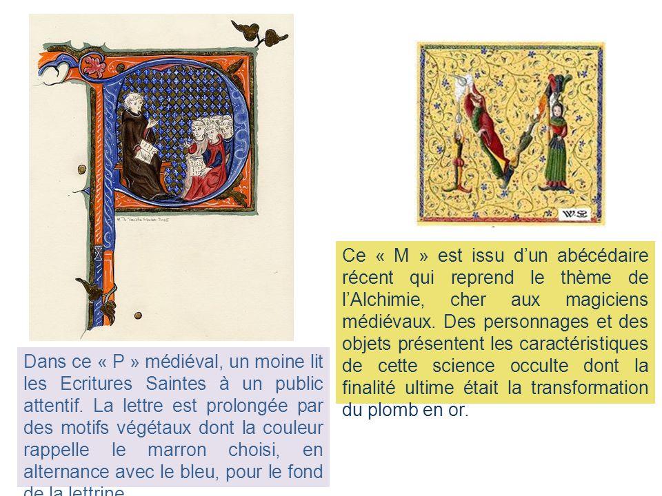 Dans ce « P » médiéval, un moine lit les Ecritures Saintes à un public attentif. La lettre est prolongée par des motifs végétaux dont la couleur rappe