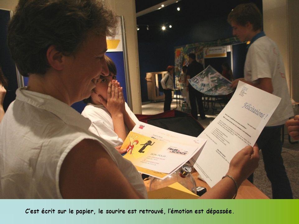 Cest écrit sur le papier, le sourire est retrouvé, lémotion est dépassée.