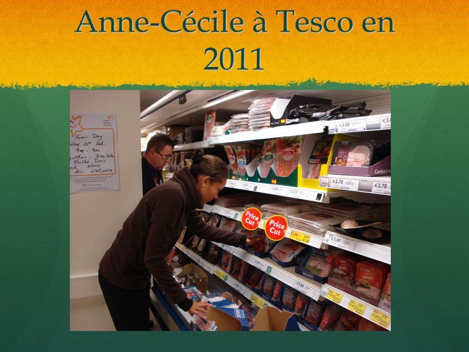 Anne-Cécile à Tesco en 2011