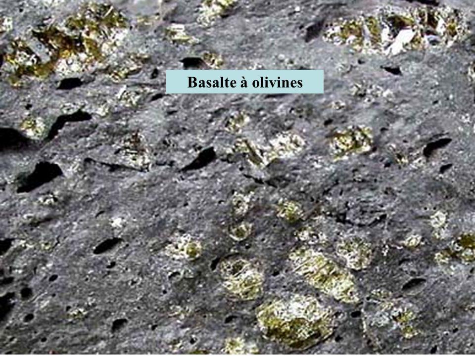 Basalte à olivines