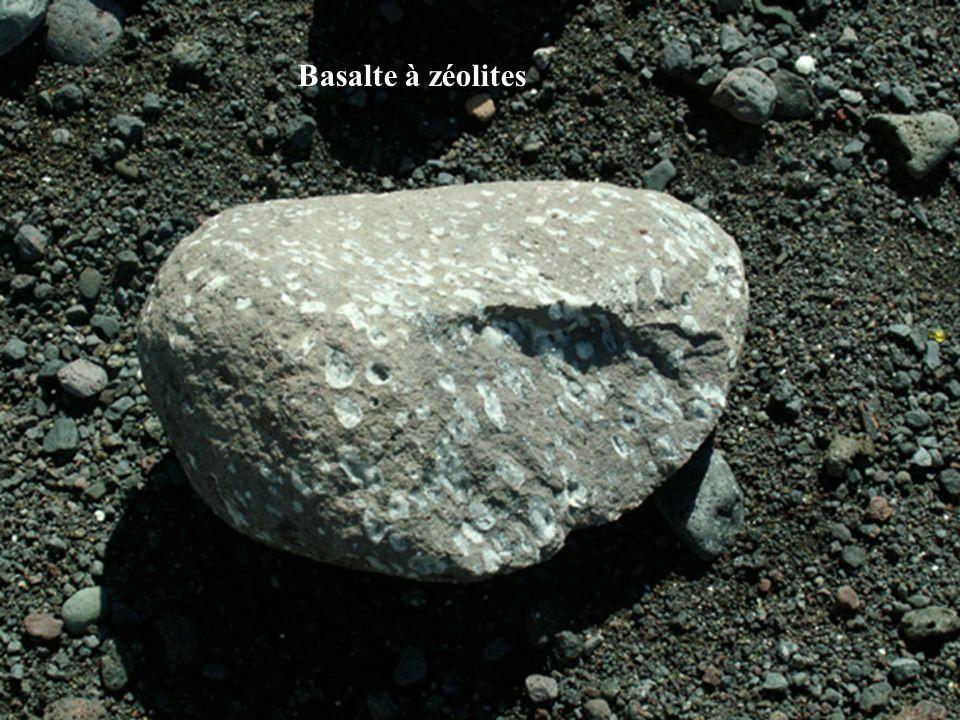 Basalte à zéolites