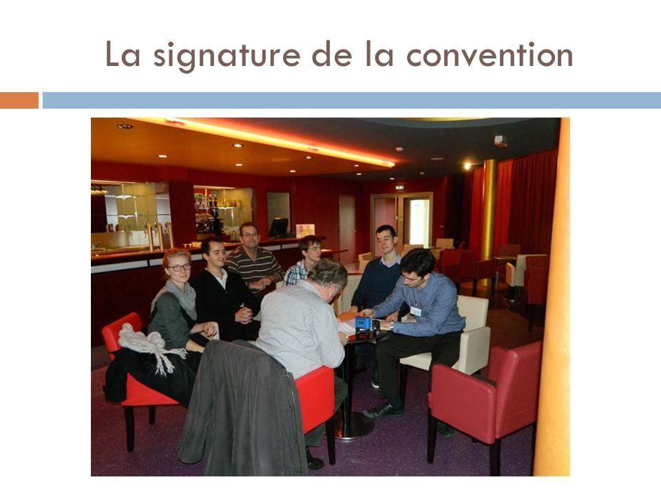 La signature de la convention