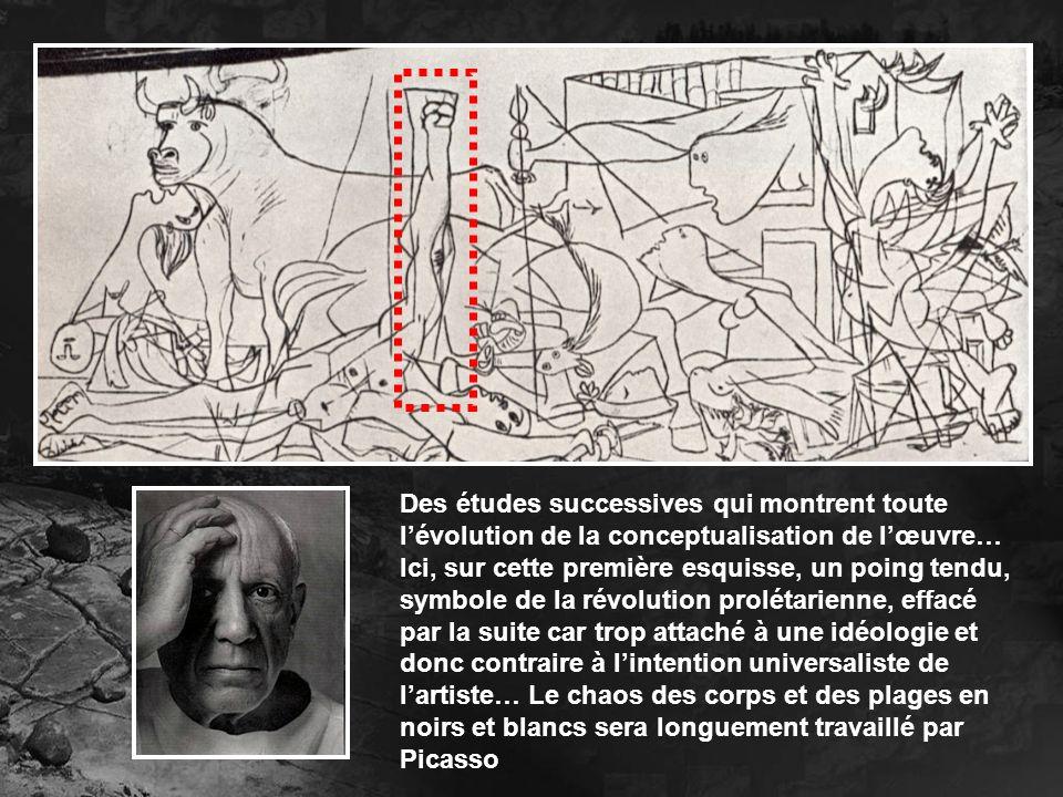 Des études successives qui montrent toute lévolution de la conceptualisation de lœuvre… Ici, sur cette première esquisse, un poing tendu, symbole de l