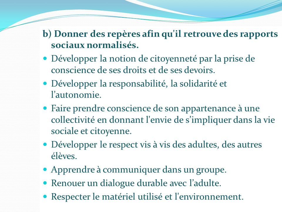 A NGLAIS Outils : Diaporamas sonores constitués par Sophie Morin à partir de documents extraits de New Standpoints 5 e, Good News 5 e, Enjoy 5 e, Step in 5 e King Arthur Medieval castles The Norman conquest The Bayeux tapestry Jeu de 7 familles (possession, lexique) Internet (recherche dinformations)