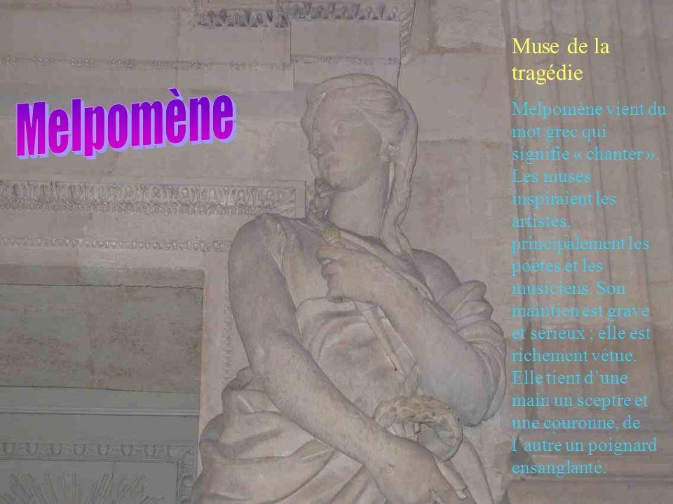 Muse de la comédie Thalie vient du mot grec qui signifie « fleurir » car elle faisait fleurir les plantes. Les muses présidaient aux arts et aux scien
