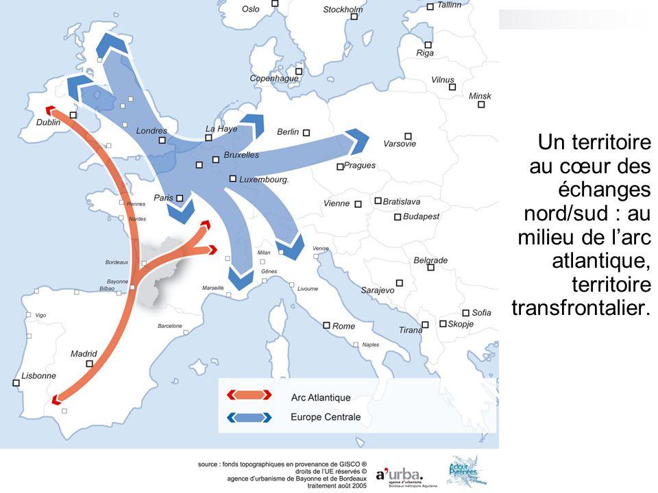 Un territoire au cœur des échanges nord/sud : au milieu de larc atlantique, territoire transfrontalier.