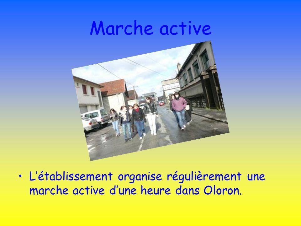 Marche active Létablissement organise régulièrement une marche active dune heure dans Oloron.