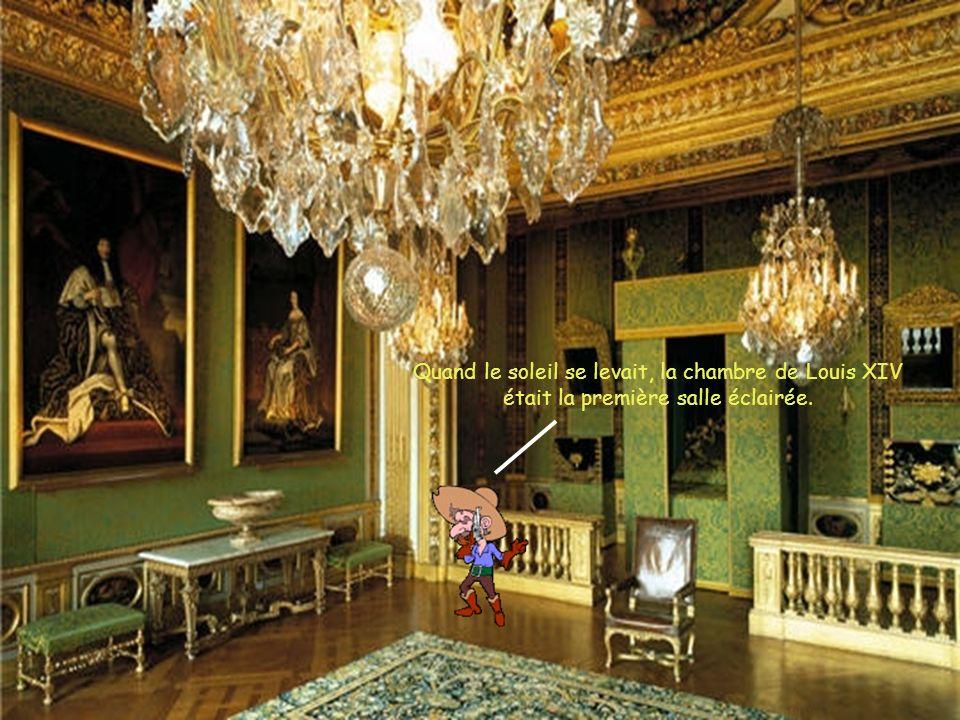 La galerie des glaces servait à accueillir les invités de Louis XIV.