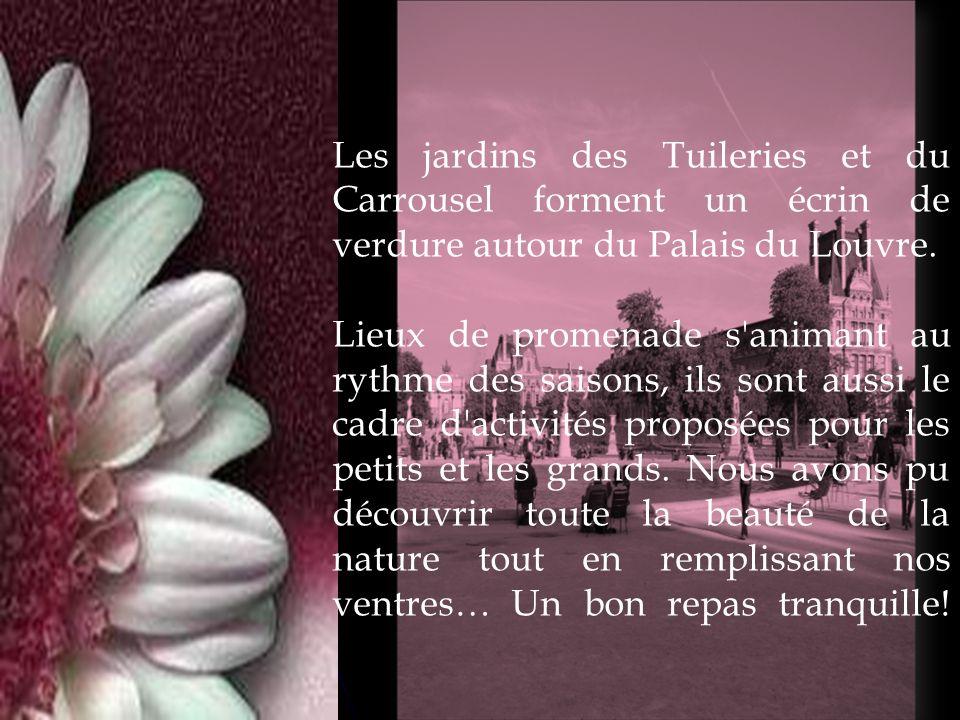 Les jardins des Tuileries et du Carrousel forment un écrin de verdure autour du Palais du Louvre. Lieux de promenade s'animant au rythme des saisons,