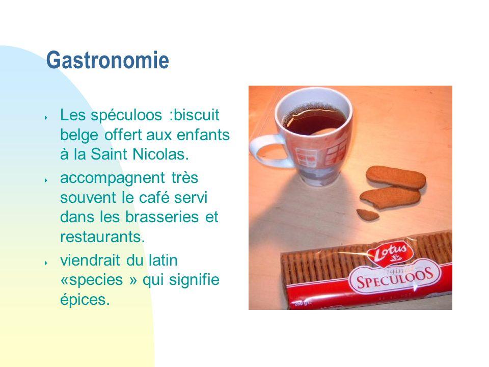 Gastronomie Les spéculoos :biscuit belge offert aux enfants à la Saint Nicolas. accompagnent très souvent le café servi dans les brasseries et restaur