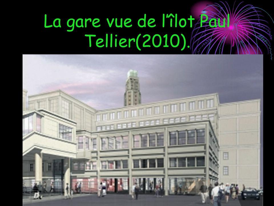 La gare vue de lîlot Paul Tellier(2010).