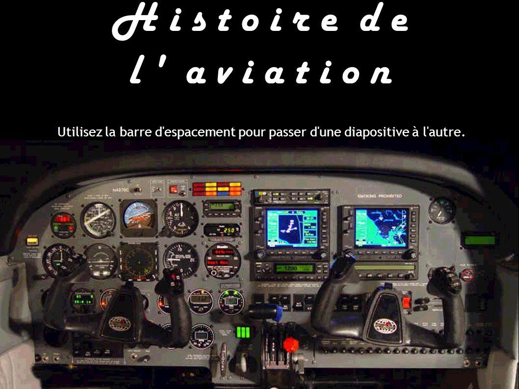 Ces drôles de machines : L ingénieur français Paul Cornu assis derrière le moteur Antoinette de 24 ch de son fragile hélicoptère.