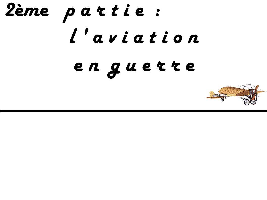Ces drôles de machines : L'ingénieur français Paul Cornu assis derrière le moteur Antoinette de 24 ch de son fragile hélicoptère. Les deux rotors, aux