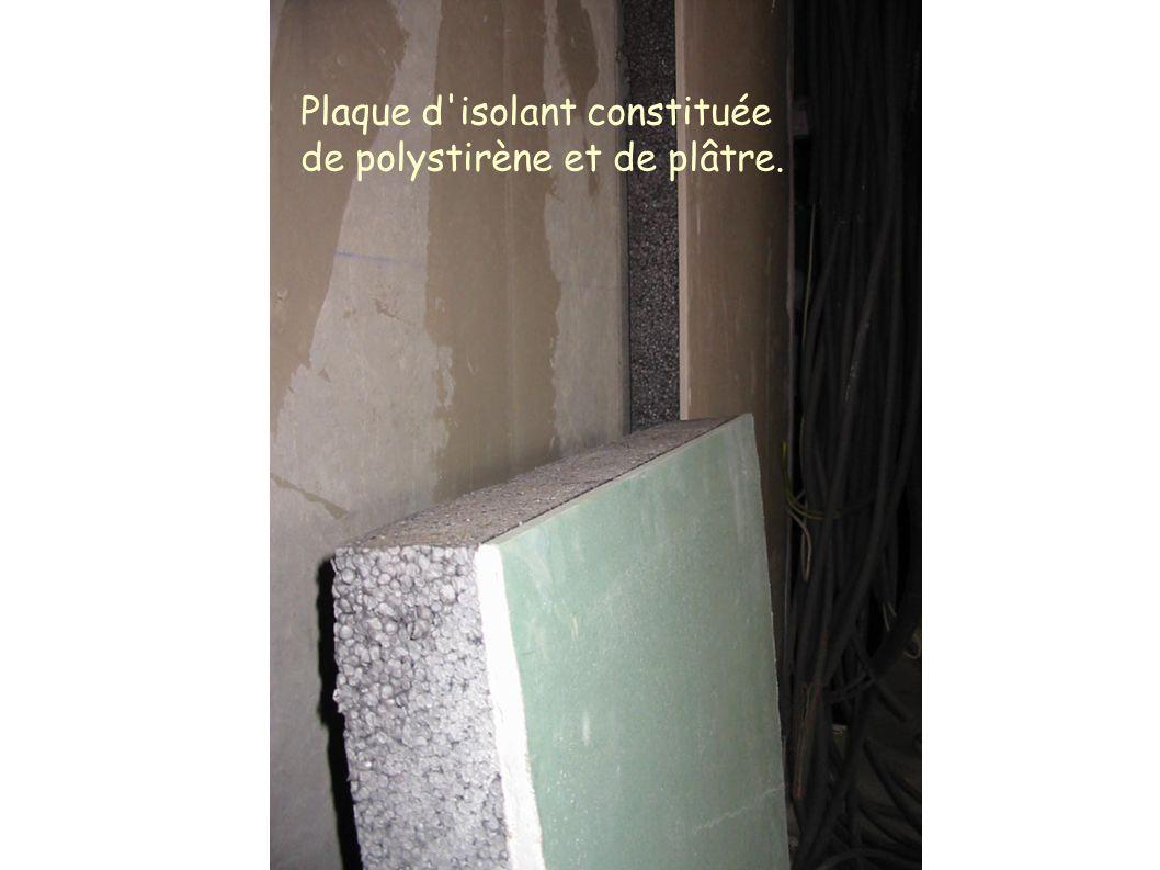 Plaque d'isolant constituée de polystirène et de plâtre.