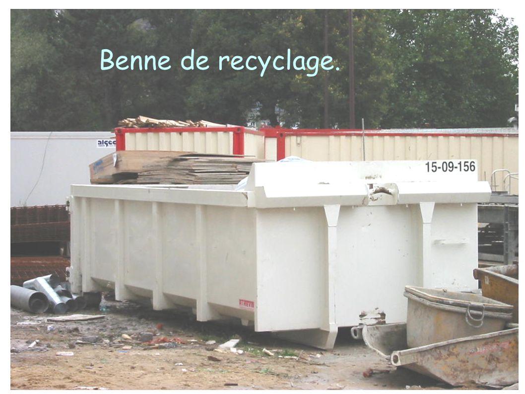 Benne de recyclage.