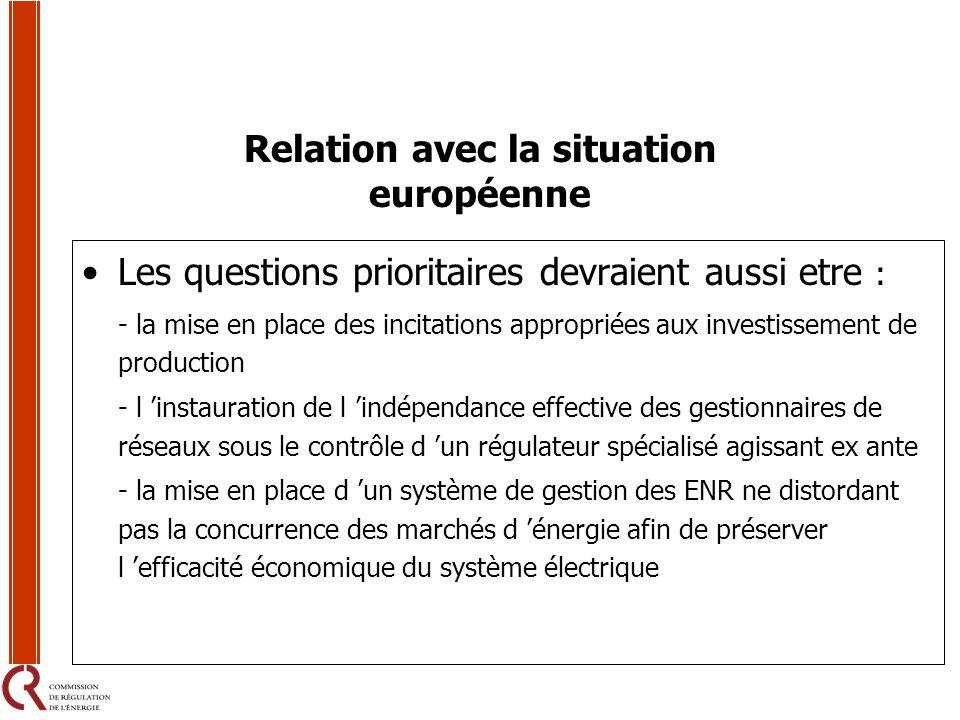 Les questions prioritaires devraient aussi etre : - la mise en place des incitations appropriées aux investissement de production - l instauration de