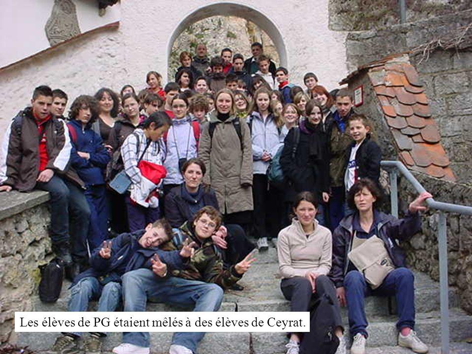 Les élèves de PG étaient mêlés à des élèves de Ceyrat.
