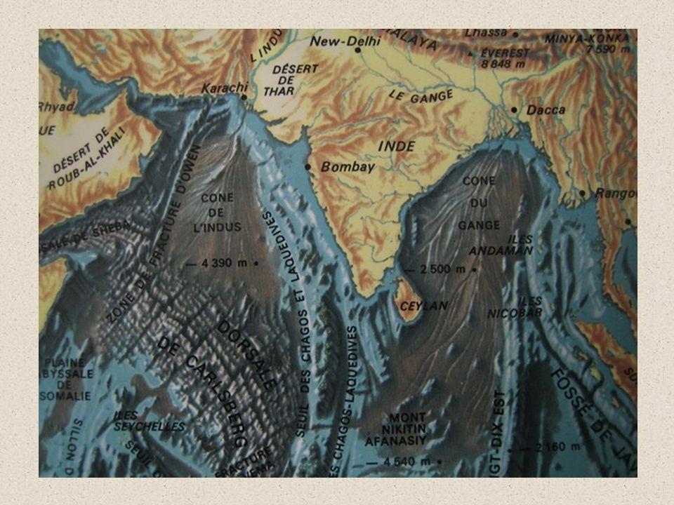EXERCICE 1 Carte bathymétrique de l Atlantique au large de la Bretagne sud isobathe