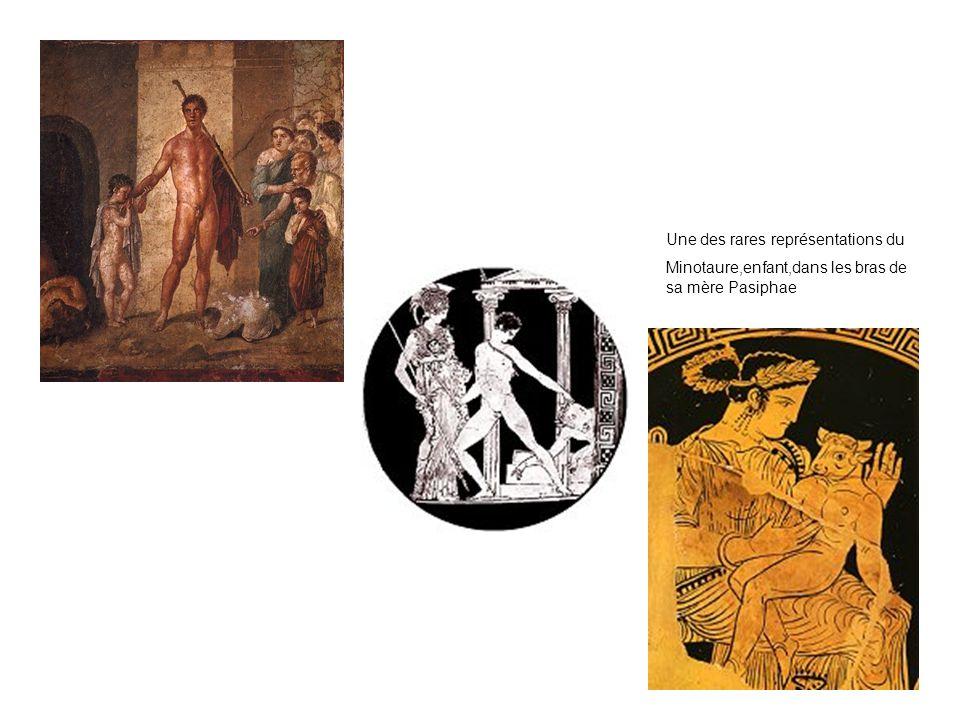 Une des rares représentations du Minotaure,enfant,dans les bras de sa mère Pasiphae