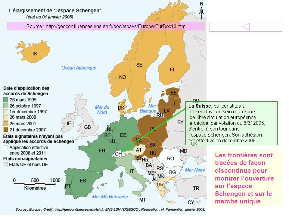 Source : http://geoconfluences.ens-sh.fr/doc/etpays/Europe/EurDoc13.htm La Suisse, qui constituait une enclave au sein de la zone de libre circulation