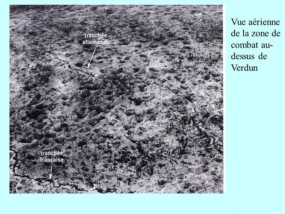 Vue aérienne de la zone de combat au- dessus de Verdun