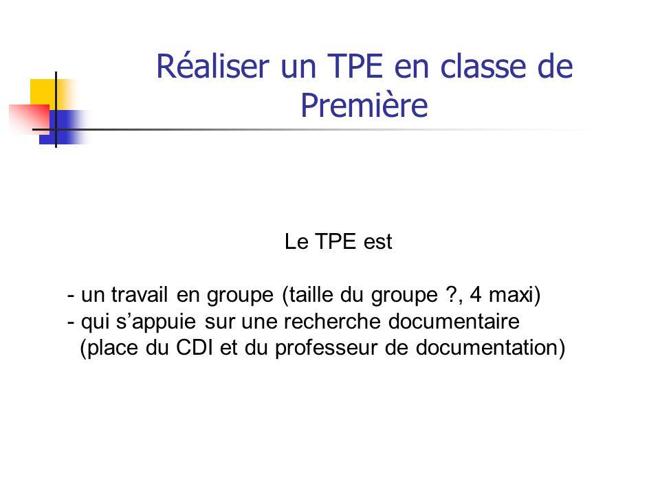 Réaliser un TPE en classe de Première Un enseignement obligatoire (durée 18 semaines) Deux heures « professeur » par semestre (2 HSA) mais une diversi