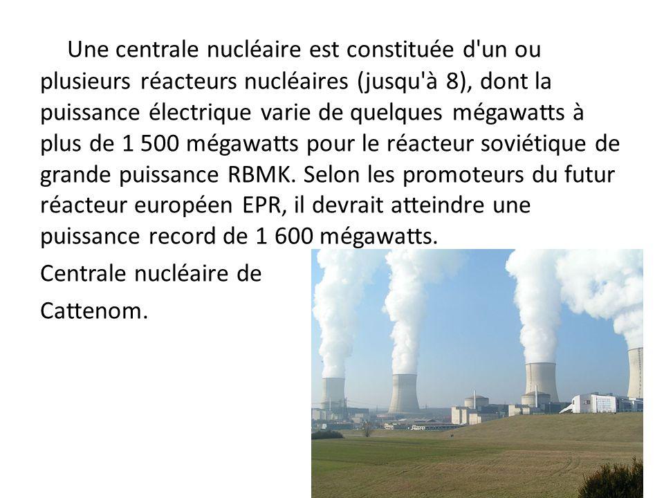 Une centrale nucléaire est constituée d'un ou plusieurs réacteurs nucléaires (jusqu'à 8), dont la puissance électrique varie de quelques mégawatts à p