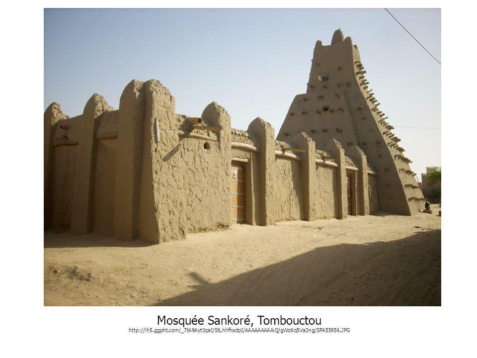 Mosquée Sankoré, Tombouctou http://lh5.ggpht.com/_7tA9Ayt0qaI/StLhhfhxdpI/AAAAAAAAAiQ/gWo6q5Va3ng/SPA55956.JPG