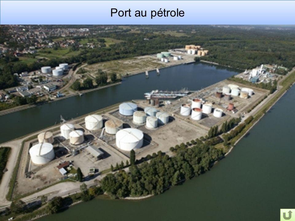 Port au pétrole