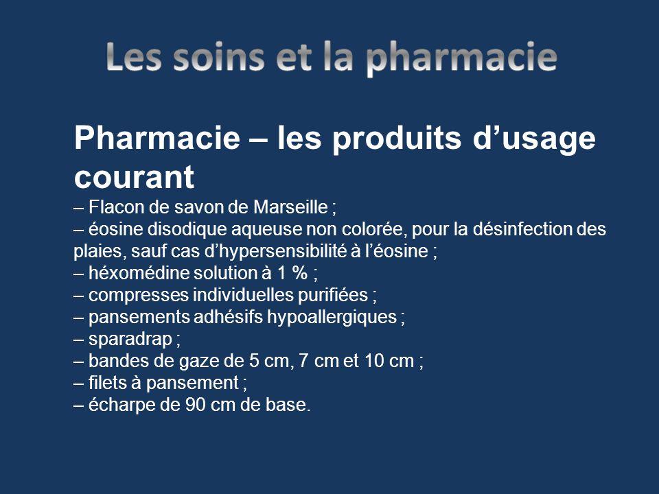 Pharmacie – les produits dusage courant – Flacon de savon de Marseille ; – éosine disodique aqueuse non colorée, pour la désinfection des plaies, sauf