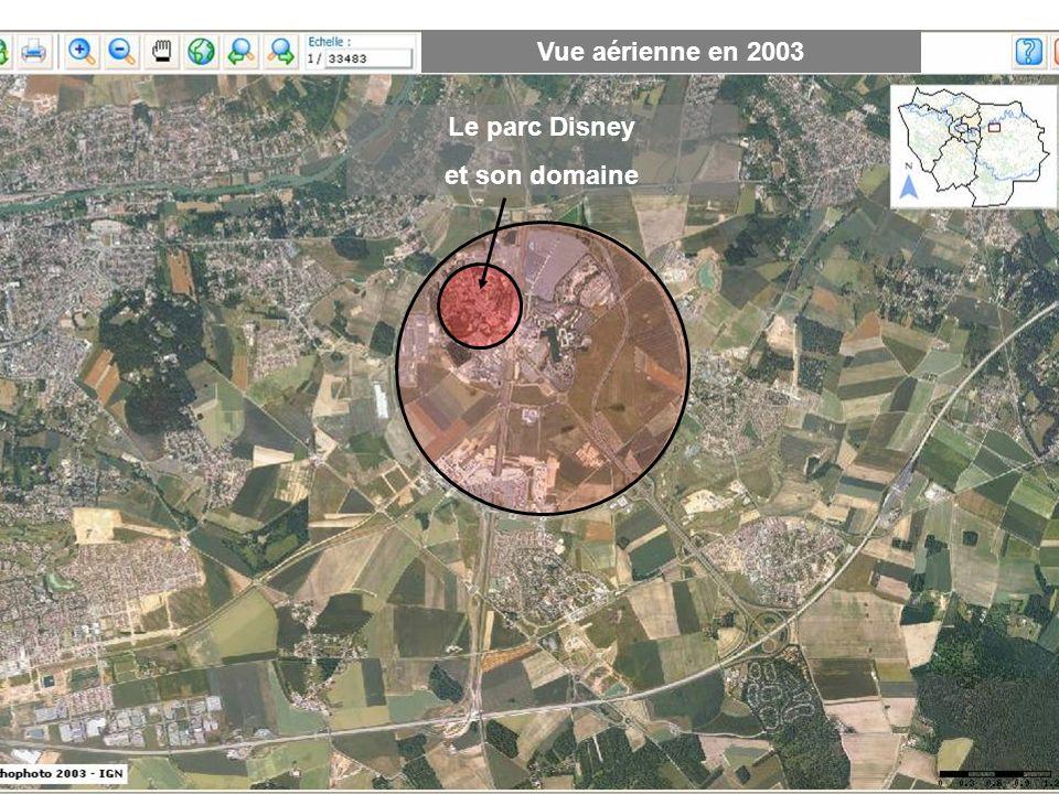 Vue aérienne en 2003 Le parc Disney et son domaine
