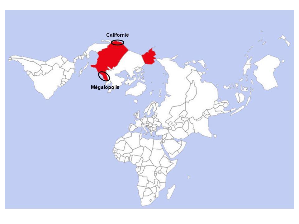 1.Des concurrents économiques Les autres membres de la Triade, principaux partenaires commerciaux des États-unis 2.Deux puissances stratégiques à ménager La Russie et la Chine : deux anciens ennemis de la Guerre froide, en pleine recomposition (Russie) ou ouverture économique (Chine) 3.Les contestations politiques et culturelles Les ennemis potentiels des États-unis, désignés comme « États voyous » par ladministration américaine III.