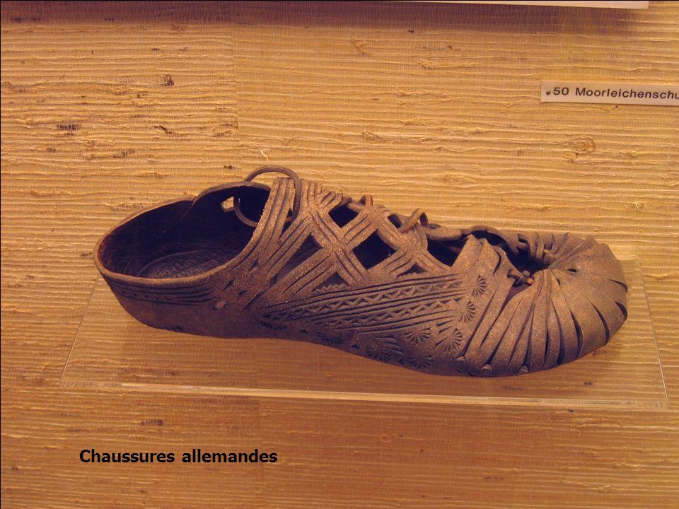 Dessin de léonard de Vinci, chaussures pour marcher sur leau