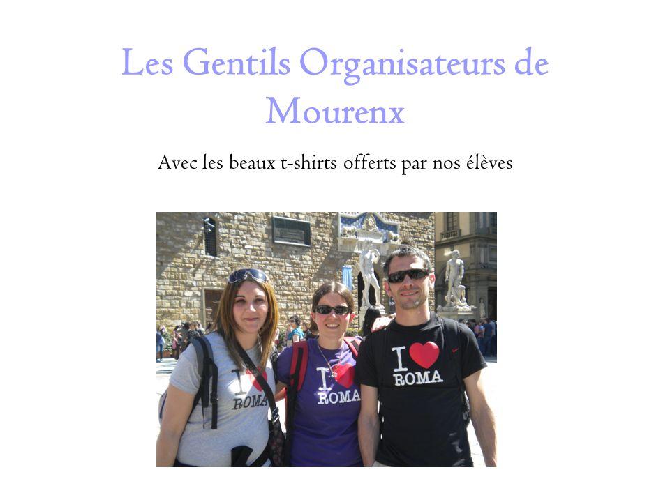 Les Gentils Organisateurs de Mourenx Avec les beaux t-shirts offerts par nos élèves