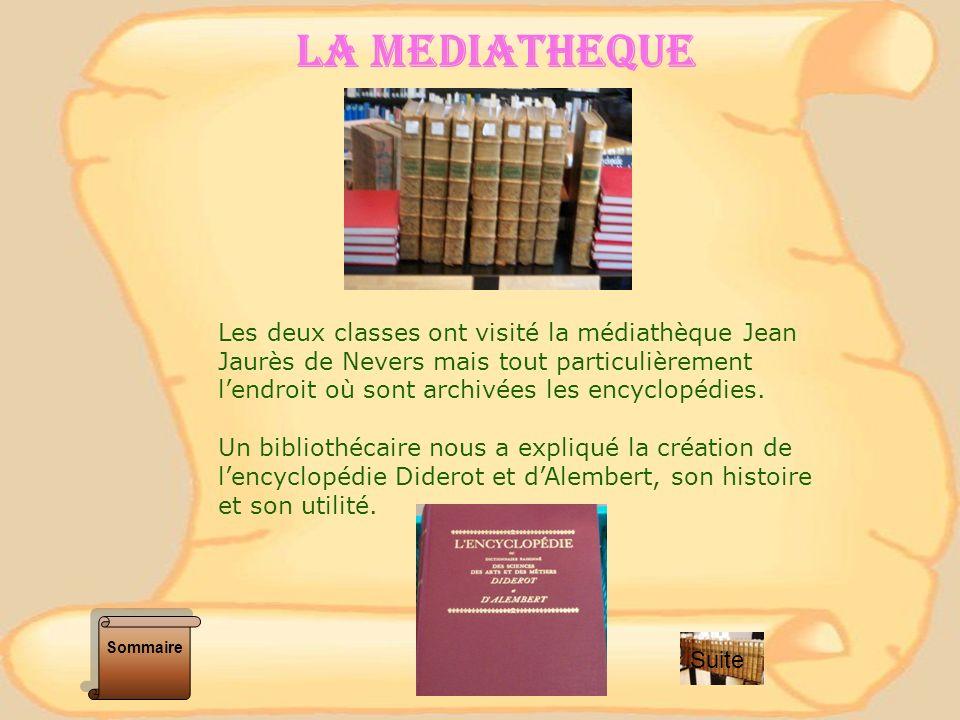 LES ARCHIVES Les deux classes ont visité les archives municipales, pour consulter les cahiers de doléances et lencyclopédie.