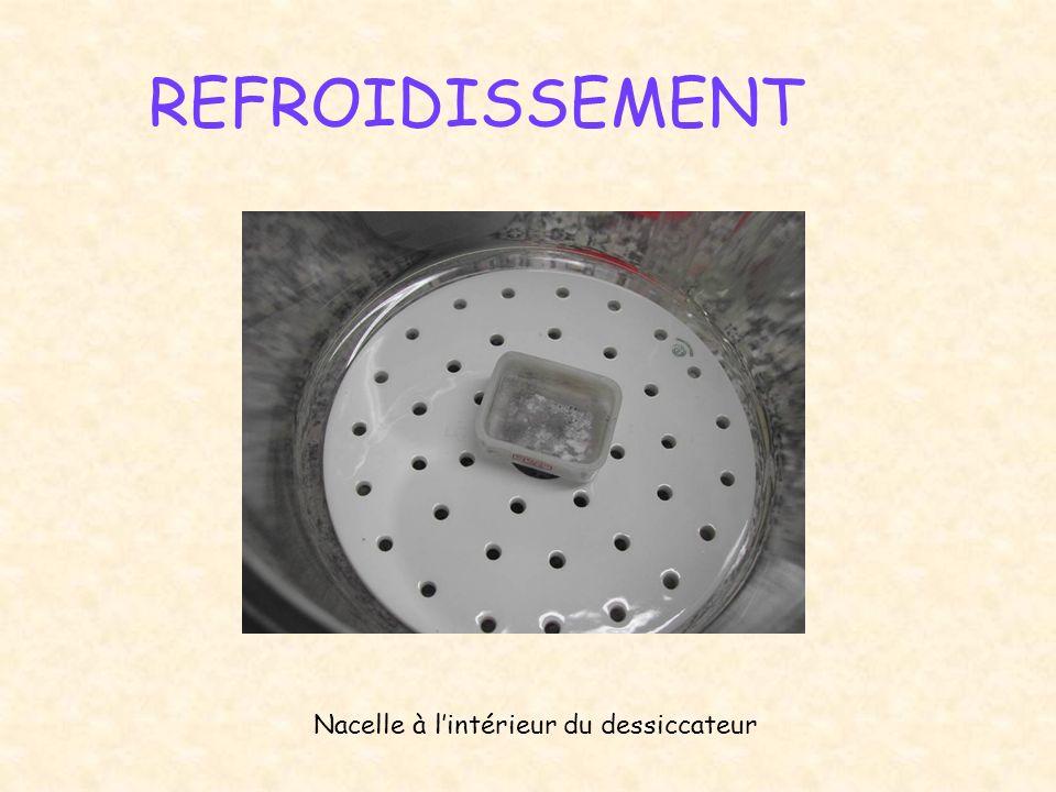 REFROIDISSEMENT Nacelle à lintérieur du dessiccateur