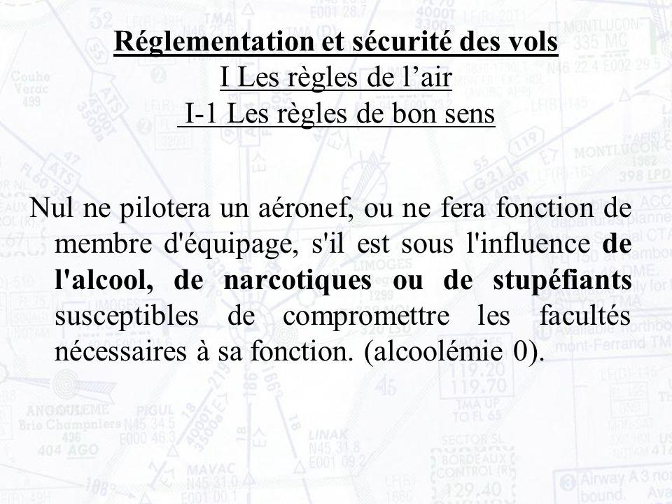 Lorsque l aérodrome n est pas contrôlé, la documentation aéronautique (appelée cartes VAC ) précise les consignes de roulage.