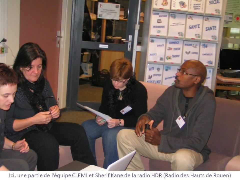 Ici, une partie de léquipe CLEMI et Sherif Kane de la radio HDR (Radio des Hauts de Rouen)