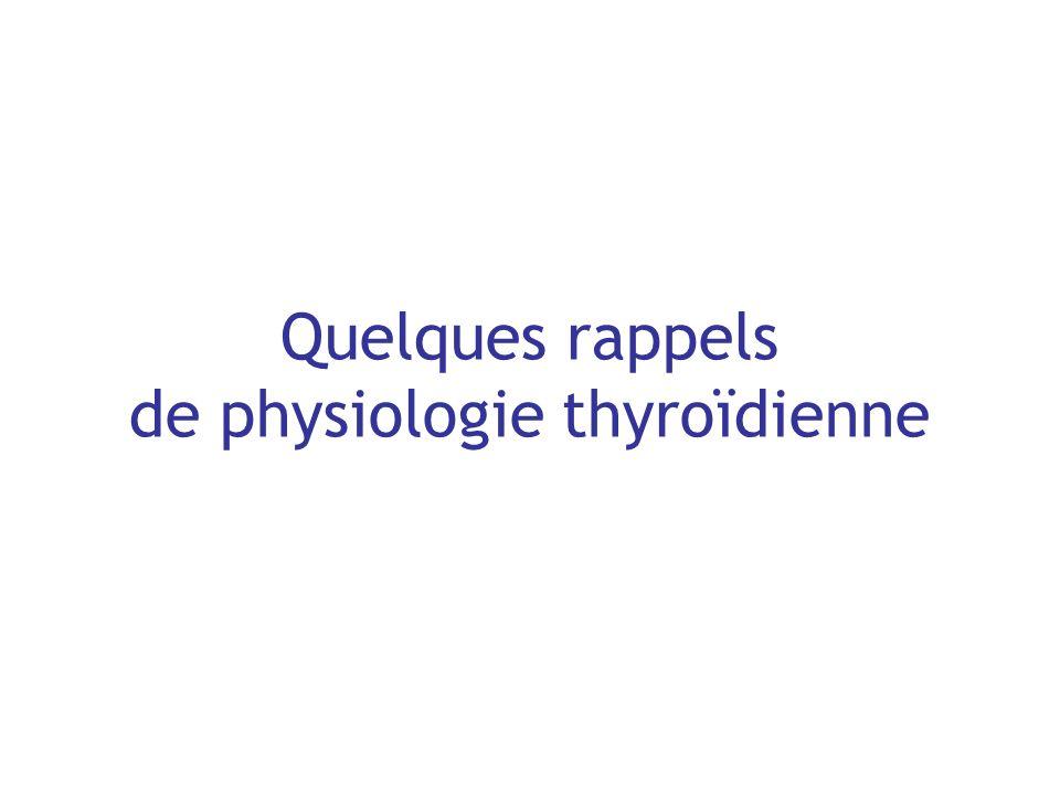 Hypothyroïdie fruste: épidémiologie Prévalence : 2 études de population française récentes –SUVIMAX: 3,4 % / 3,3 % (au 97,5 ème percentile de la TSH) –Centres de Médecine Préventive : 3,4 % âgées de 45 à 75 ans Prévalence chez personnes âgées > 60 ans: –si antécédents thyroïdiens ou –si traitements à risque: amiodarone, lithium, cytokines Evolution hypothyroïdie fruste hypothyroïdie avérée: –TSH se normalise spontanément ou naugmente pas 1 x / 3 –incidence annuelle des nouveaux cas dhypothyroïdie patente: : 4/1000 : 1/1000 –Ac anti-TPO + et TSH initiale élevée = 2 facteurs prédictifs importants dévolution vers lhypothyroïdie (grade B).
