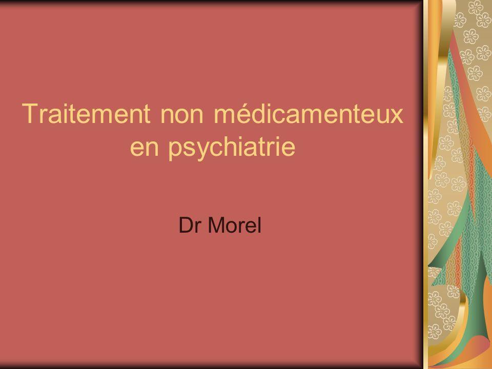 Introduction Thérapeutiques en psychiatrie ont beaucoup évolué depuis 50 ans Sappuie sur le modèle bio-psycho-social des maladies psychiatriques Multiplications des méthodes thérapeutiques: Thérapeutique biologique (médicamenteuse) Psychothérapies: psychanalyse, TCC, thérapie systémique… Thérapeutiques sociales Aucun psychiatre ne peut toutes les maîtriser