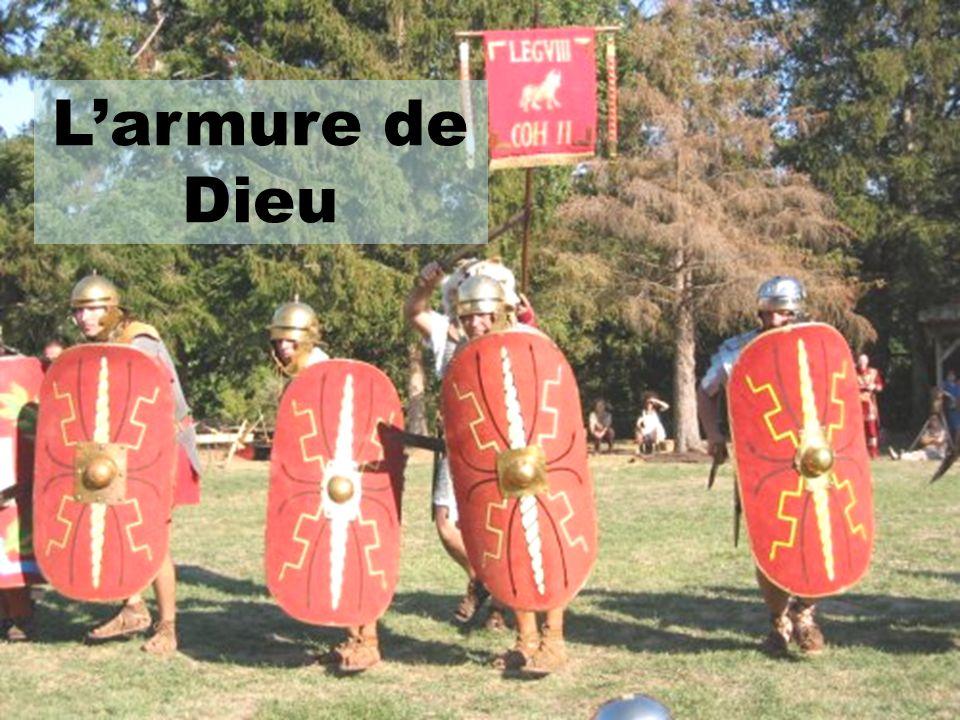 David lui coupera la tête avec sa propre épée et placera ses armes dans sa tente.