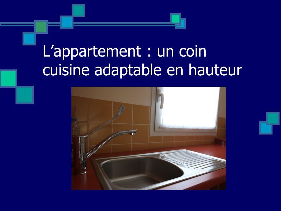 Lappartement : un coin cuisine adaptable en hauteur