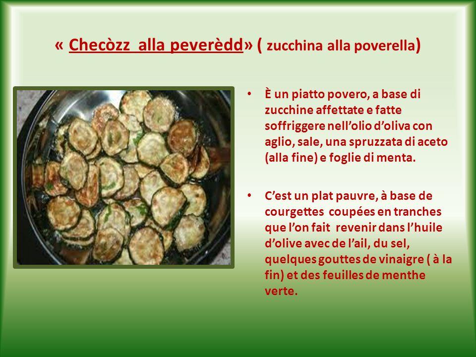 « Fiùre d checòzz ndorat e frìtt » ( fiori di zucchina fritti ) E una delizia per il palato.