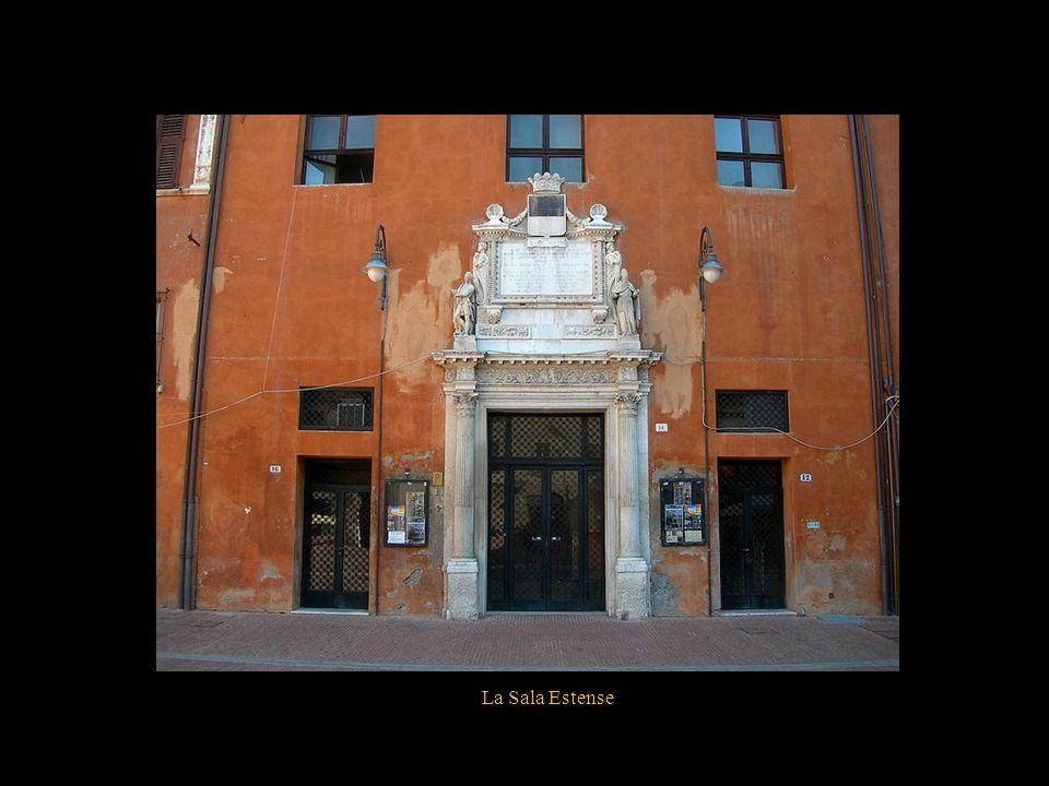 La piazza Savonarola