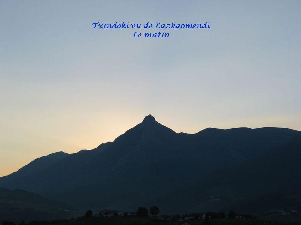 Txindoki vu de Lazkaomendi Le matin