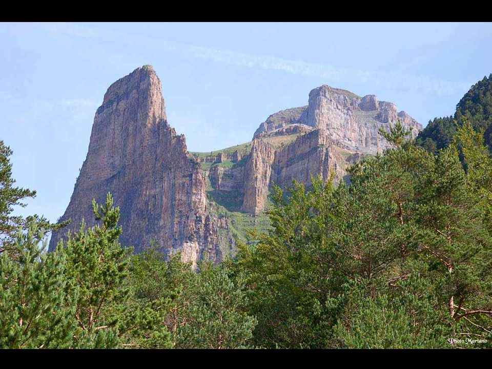 Mont Perdu 3355m Cirque de Cotatuero.
