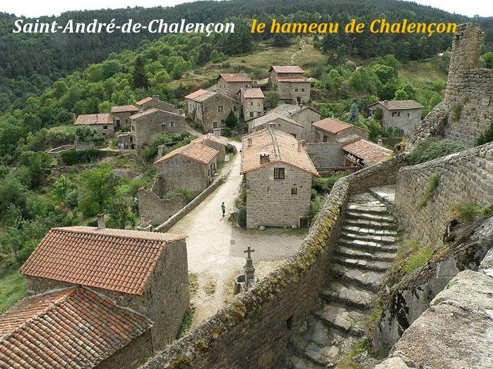 Chilhac le pont et le village