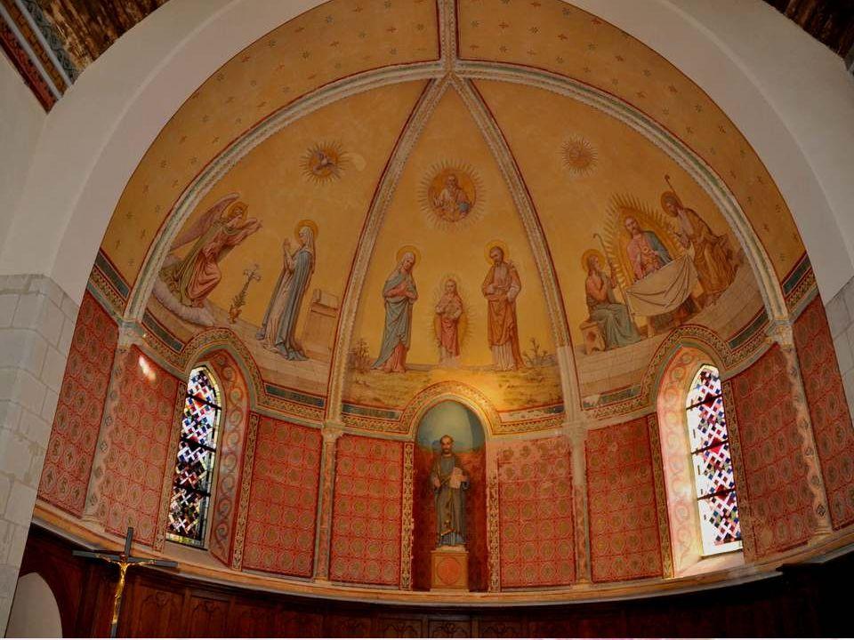 La série de tableaux peints dans la nef est tout à fait représentative de la ferveur individuelle, caractéristique des 15e et 16e siècles.