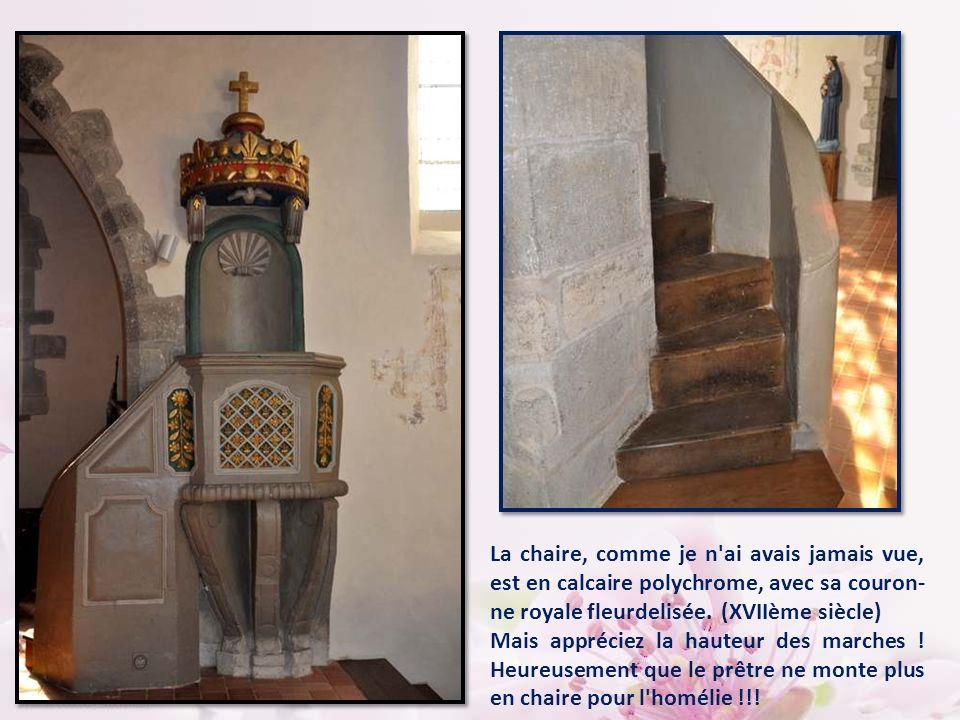 Cette descente de croix du XVII° siècle due à l'angevin Pierre Bardeau (1668) vient du retable de la chapelle des Calvainiennes à Mayenne.